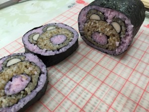 巻き寿司カットしてみました