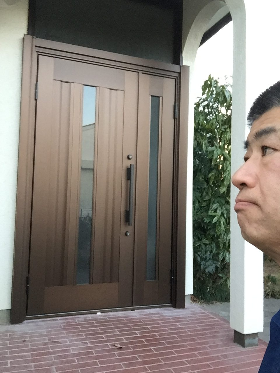 玄関ドアリフォーム完成